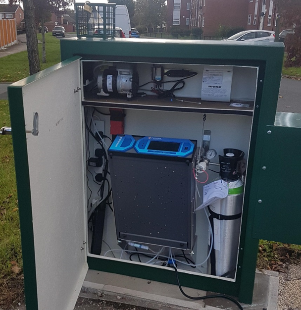 Roadside Air Quality monitoring station on Edge Lane